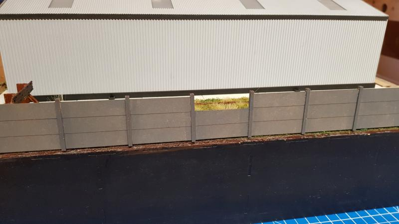 O Gauge pack of 10x 6concrete panels - Railway Laser Lines